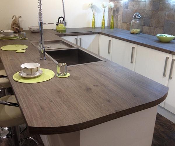 04-albion-kitchens-breakfast-bar-spray-tap - Albion ...
